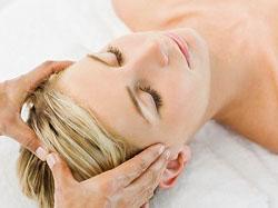 С помощью 17 основных рефлекторных точек можно воздействовать на болевые синдромы головы