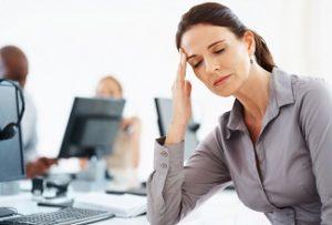 У женщины быстрая утомляемость и головная боль