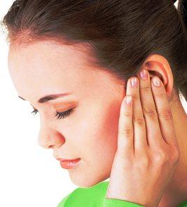 болит затылок и заложены уши